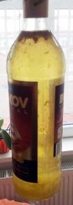 1466113122_bezovy-sirup-sirup-kvetu-bezu-cerneho-zakal-zakaleni.jpg